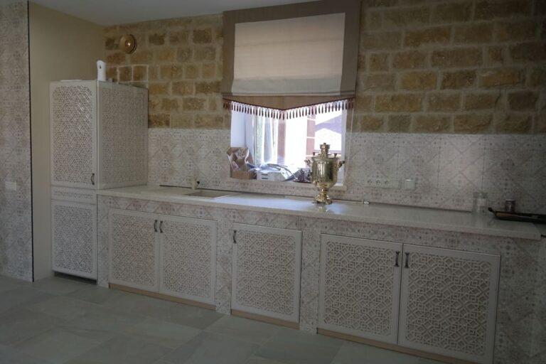 кухонные фасады - фрезеровка+окрашивание эмалью с патинированием№1